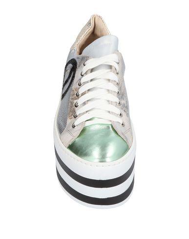 EBARRITO Sneakers