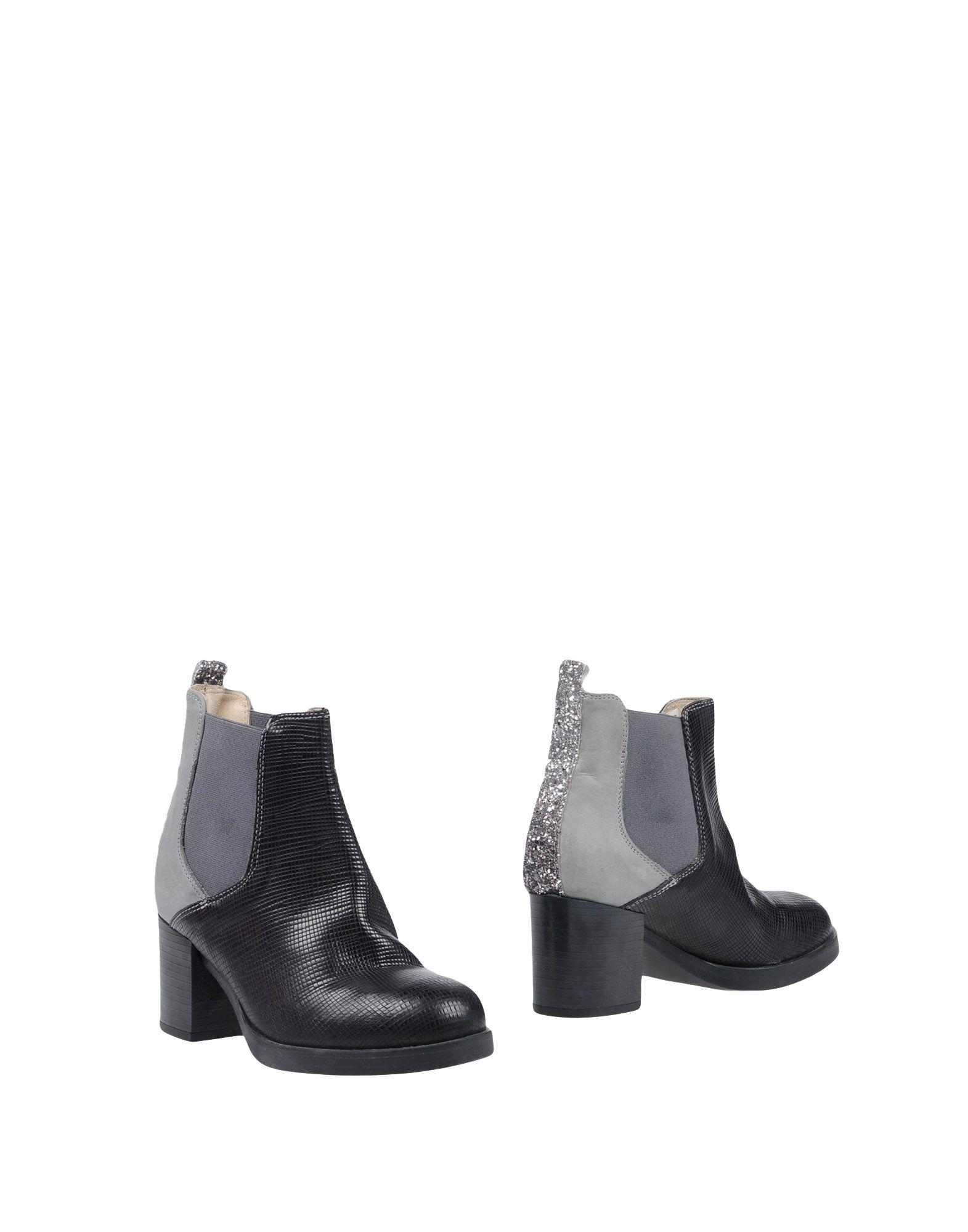 Ebarrito Ebarrito Ankle Boot - Women Ebarrito Ebarrito Ankle Boots online on  Canada - 11458103TQ 34ce89