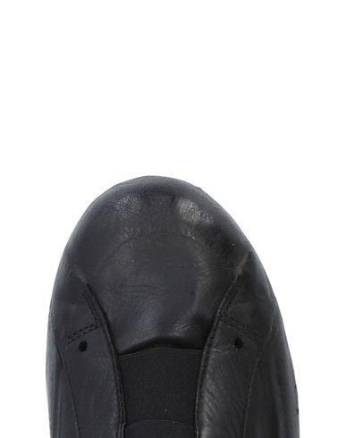 RUBBER SOUL Sneakers
