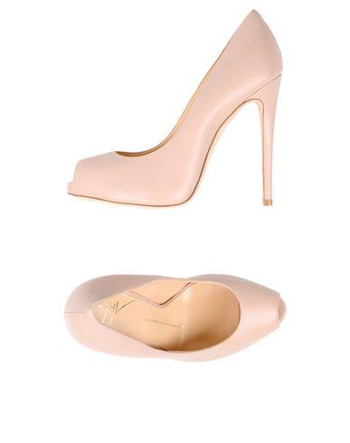 b85d171e Los zapatos más populares para hombres y mujeres Zapato De Salón Aldo  Castagna Mujer - Salones ...