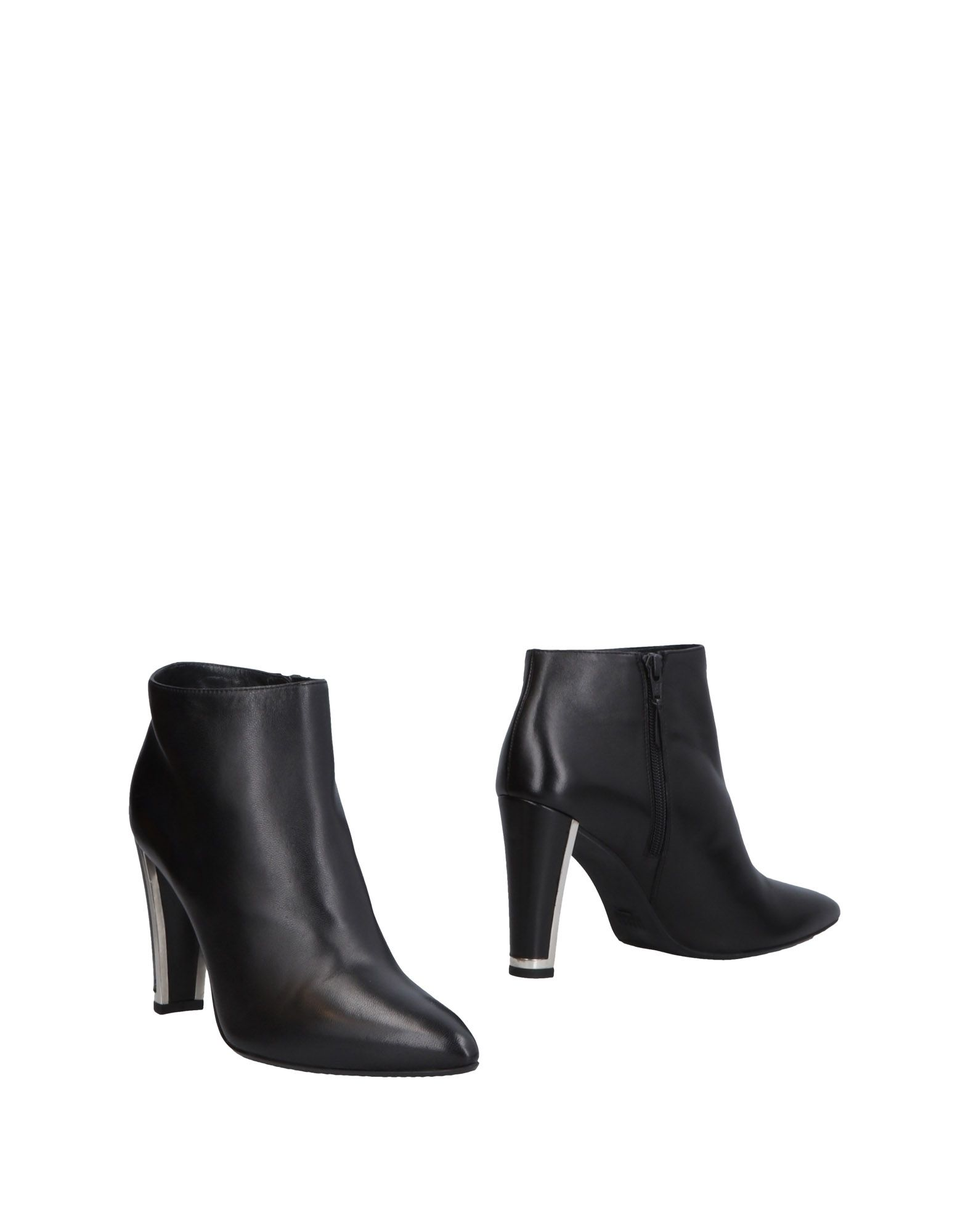 Stuart Weitzman Ankle Boot - Women Stuart on Weitzman Ankle Boots online on Stuart  United Kingdom - 11464599HP f871bb