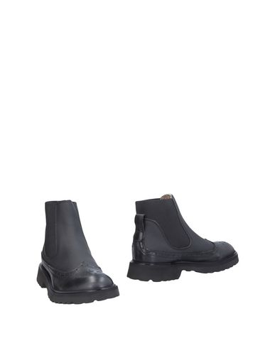 YAB Chelsea boots