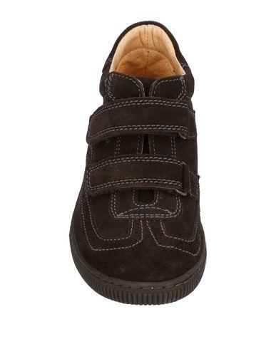 STARRY Sneakers