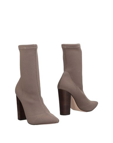 Ankle Boot by Steve Madden