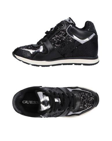 cf8192e1e4 Guess Sneakers - Women Guess Sneakers online on YOOX Norway - 11467306