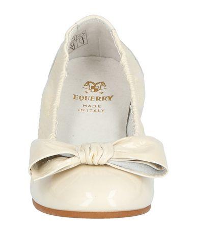 EQUERRY Bailarina