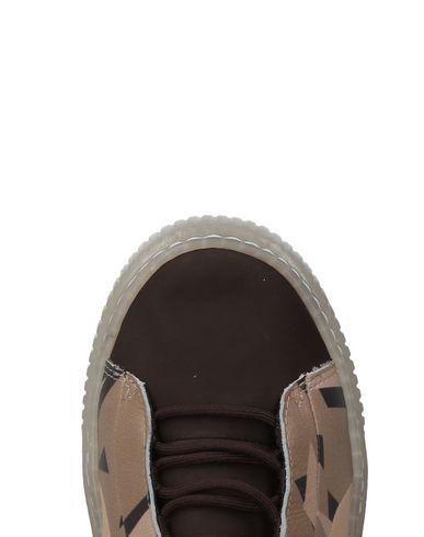 PUMA x NATUREL Sneakers
