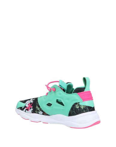 Steckdose Erkunden Mode Zum Verkauf REEBOK Sneakers Outlet Kaufen 4BQPP