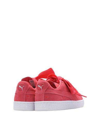 PUMA Suede Heart Valentin Sneakers