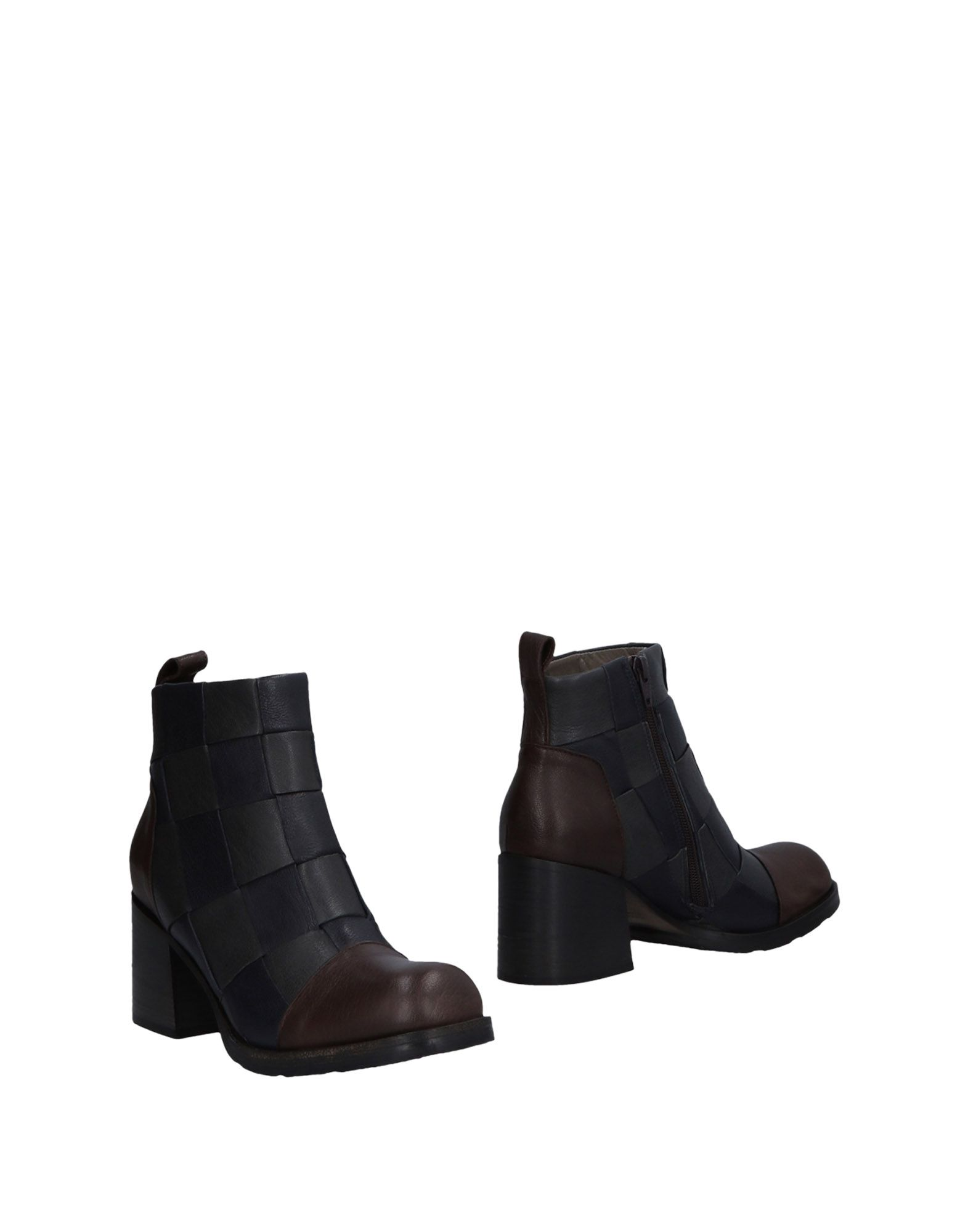Ixos Ankle Boot - Women on Ixos Ankle Boots online on Women  Canada - 11474807KB 0f6620