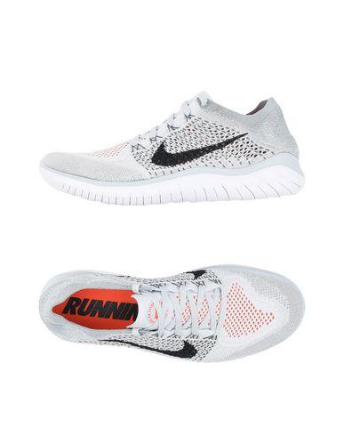 NIKE. NIKE FREE RN FLYKNIT 2018. Sneakers