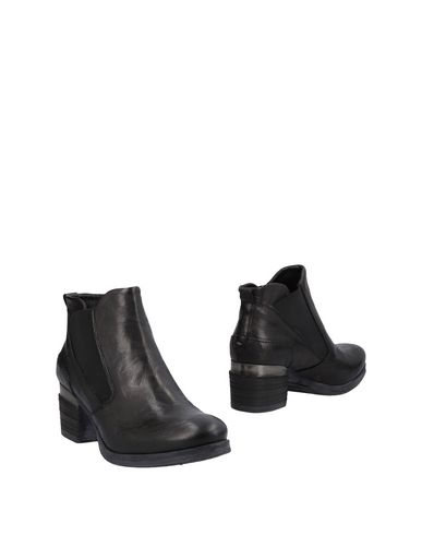 Khrio' Ankle Boot - Women Khrio' Ankle Boots online on YOOX United States - 11477629KV