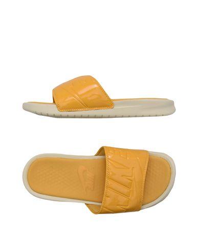 Nike Benassi Jdi Ultra Se - Sandals