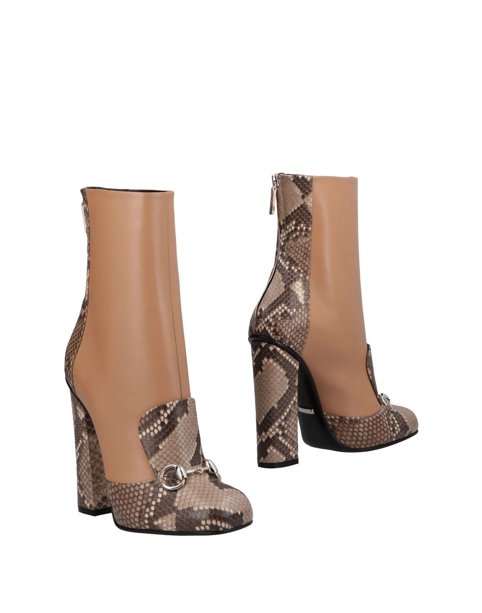 Stivaletti Gucci Donna - Acquista online su YOOX - 11485831JW 2742eb0458c