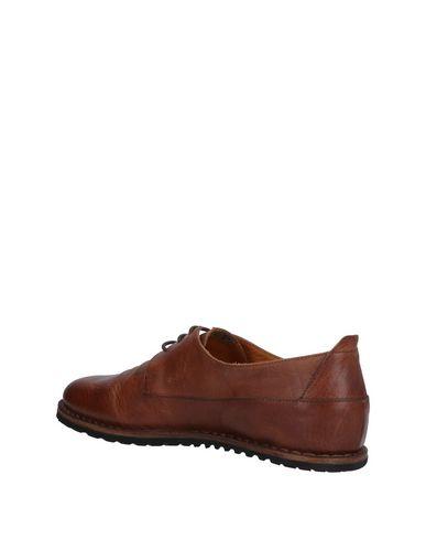 UIT Zapato de cordones