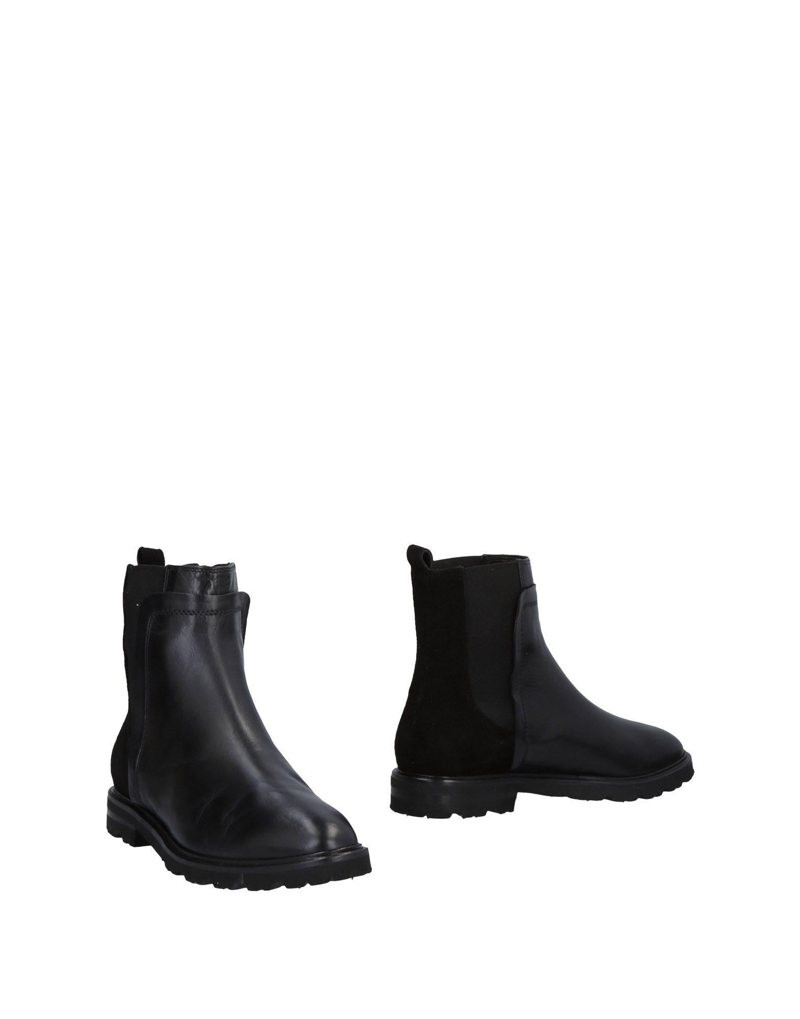 J|D Julie Dee Ankle Julie Boot - Women J|D Julie Ankle Dee Ankle Boots online on  United Kingdom - 11487398PH 6d51b0