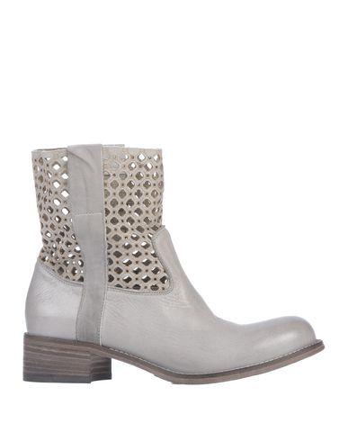 JFK Ankle Boot in Grey