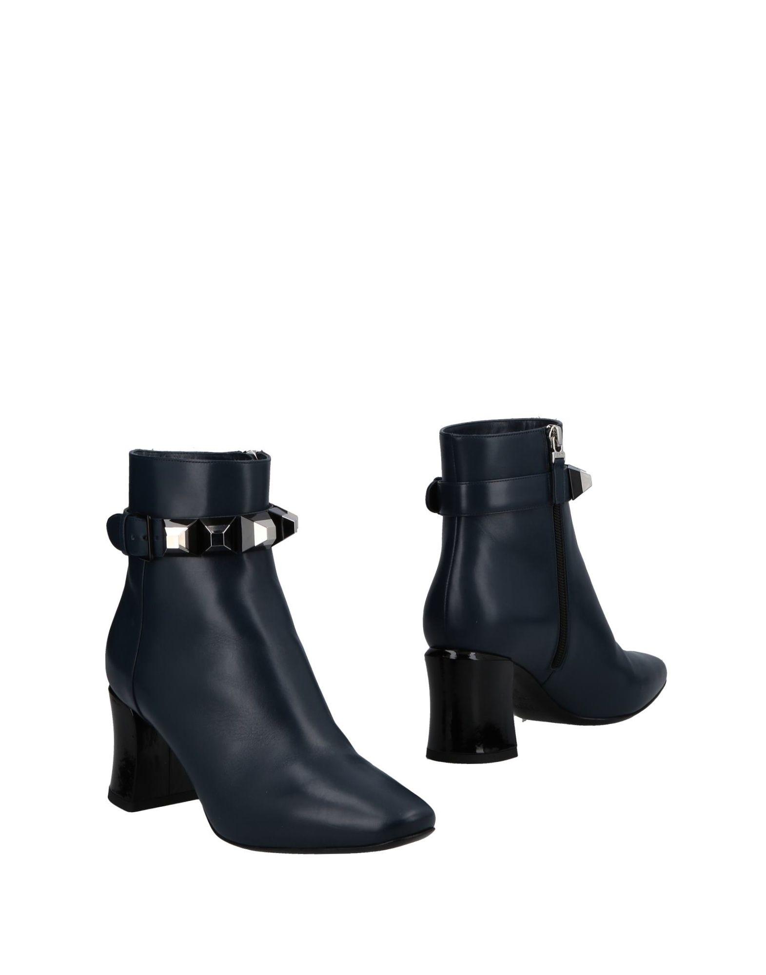 Fendi Ankle Boot - online Women Fendi Ankle Boots online - on  United Kingdom - 11492592VX 10b7bc