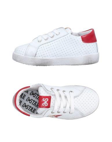 2STAR Sneakers