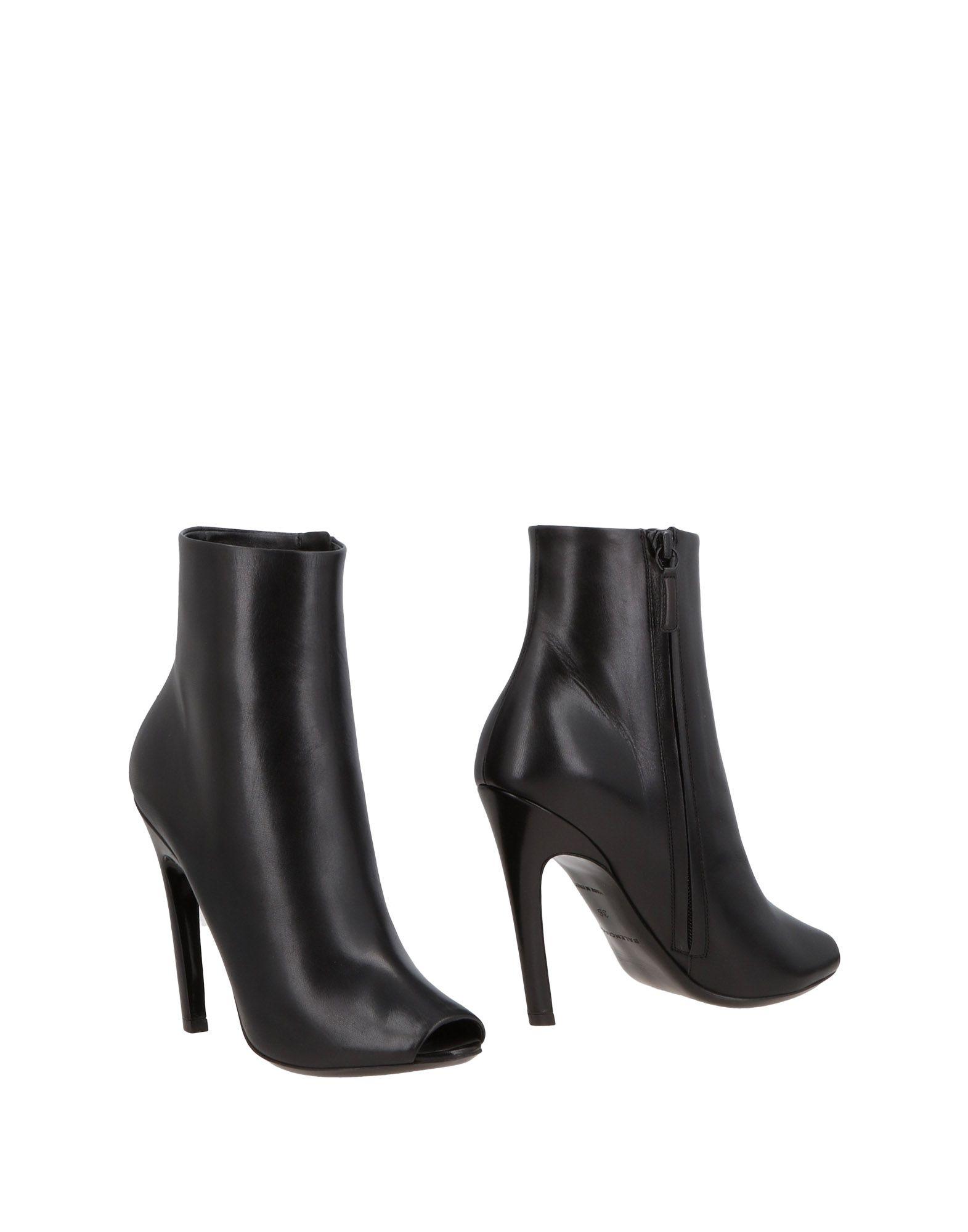 Balenciaga Balenciaga Ankle Boot - Women Balenciaga Balenciaga Ankle Boots online on  United Kingdom - 11495569MF 264dc3