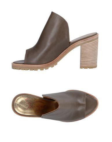 WALTER STEIGER Sandals in Khaki