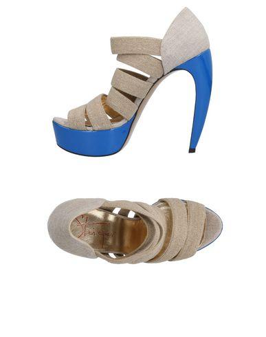 WALTER STEIGER Sandals in Beige