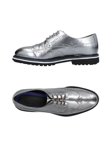 JKJY BY STELLA Laced Shoes in Silver