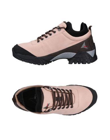 ROA Sneakers in Light Pink