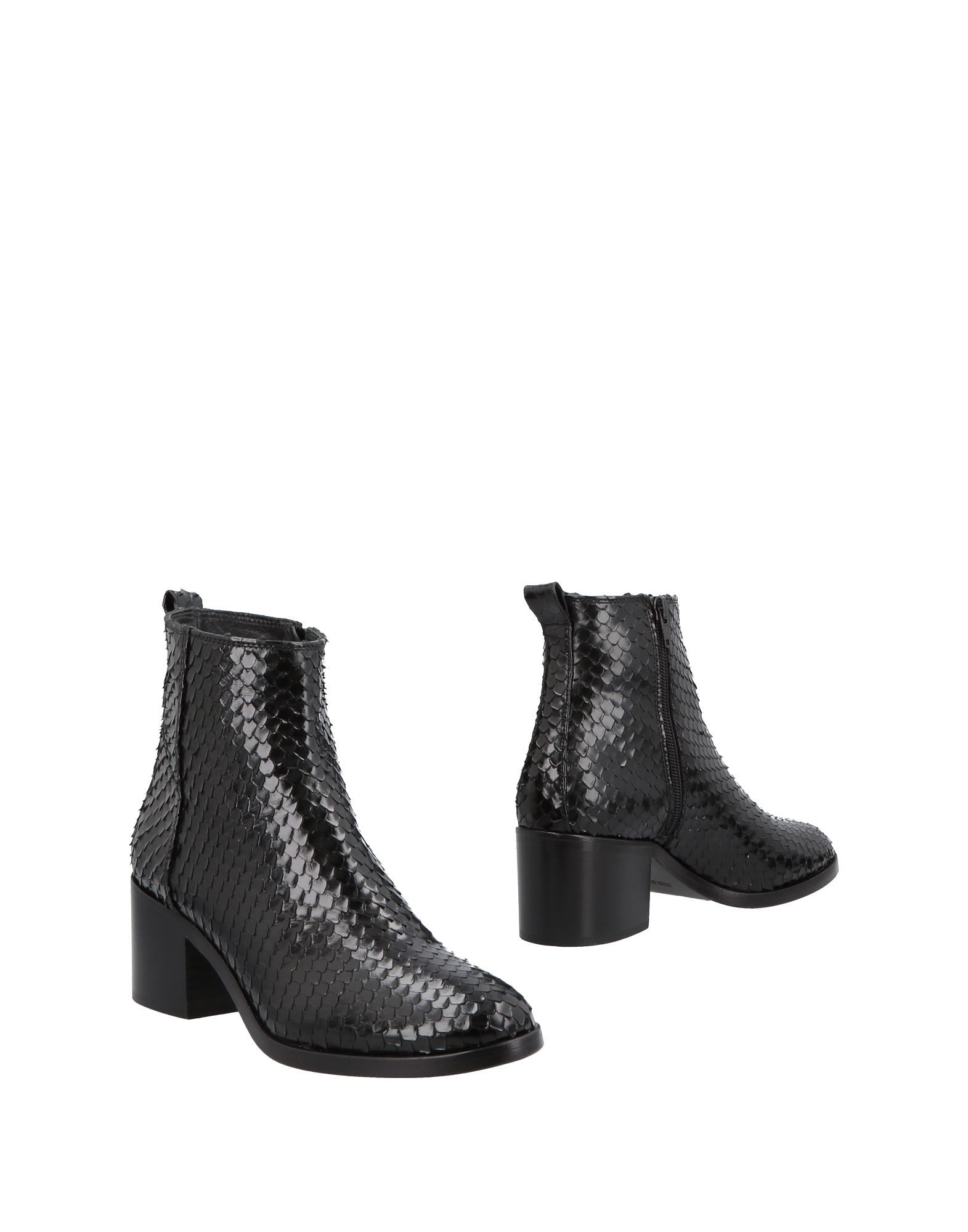 Strategia Ankle Ankle Boot - Women Strategia Ankle Ankle Boots online on  Canada - 11502726WM 81673e