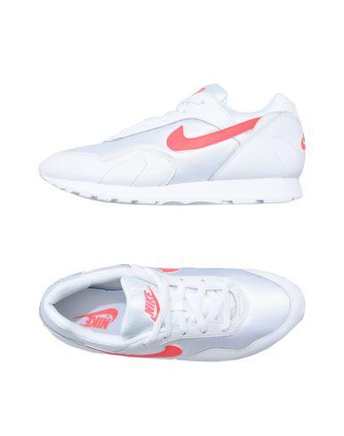 751ccb2814 Παπούτσια Τένις Χαμηλά Nike Outburst - Γυναίκα - Nike στο YOOX ...