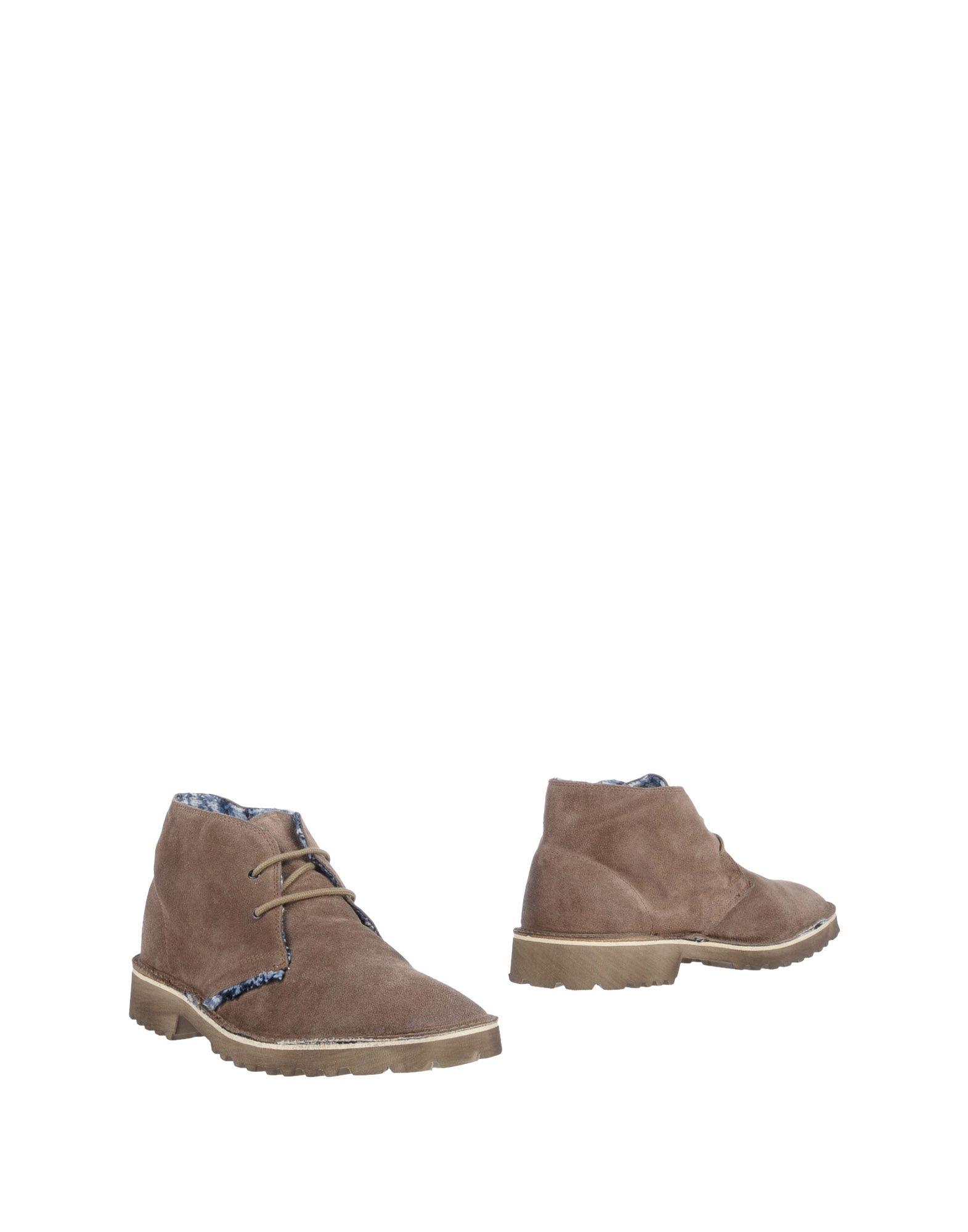Le on Crown Boots - Men Le Crown Boots online on Le  Canada - 11504246FB 4e3262