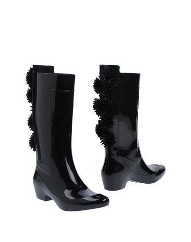 KARTELL Boots in Black