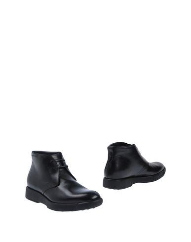 Zapatos con Hombre descuento Botín Salvatore Ferragamo Hombre con - Botines Salvatore Ferragamo - 11508168UT Negro b216a0