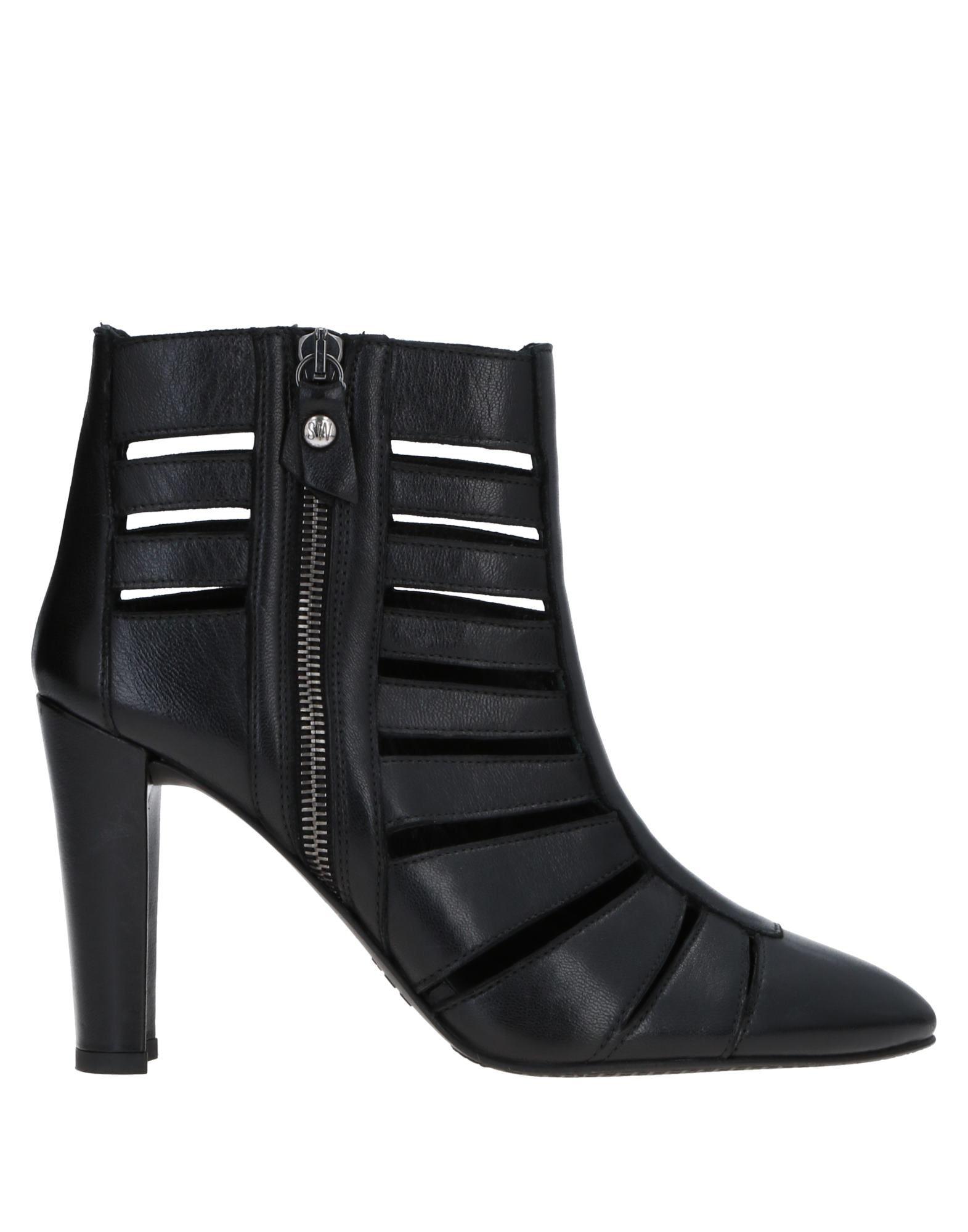 Stuart Weitzman Ankle Boot Ankle - Women Stuart Weitzman Ankle Boot Boots online on  Australia - 11515940NK 6fd3a3