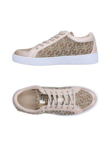 Zapatos de hombre y mujer de promoción Guess por tiempo limitado Zapatillas Guess promoción Mujer - Zapatillas Guess - 11521011CG Beige 7c327d