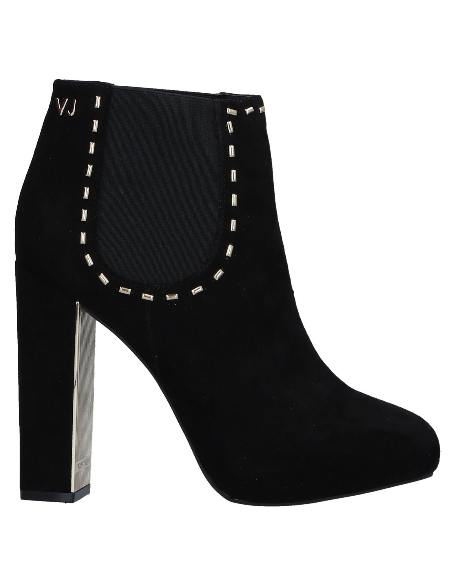 Versace Jeans Ankle Boot Ankle - Women Versace Jeans Ankle Boot Boots online on  Australia - 11522677PR 1bd325
