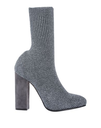 Ankle Boots in Grey