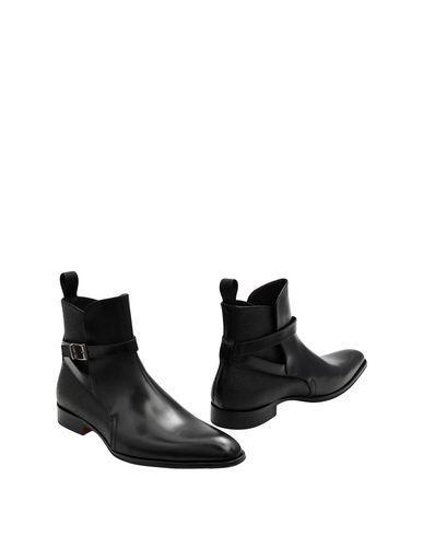Boots by Leonardo Principi