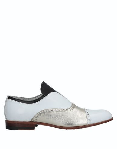 ARANTH Loafers in White