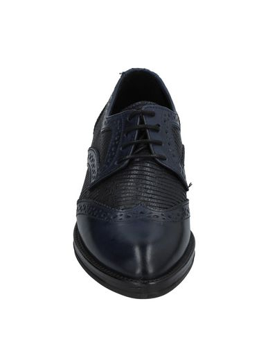check out cfeef d8de9 Donna Più Laced Shoes - Women Donna Più Laced Shoes online ...