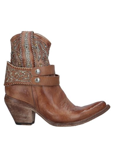 DAMY Ankle Boot in Brown