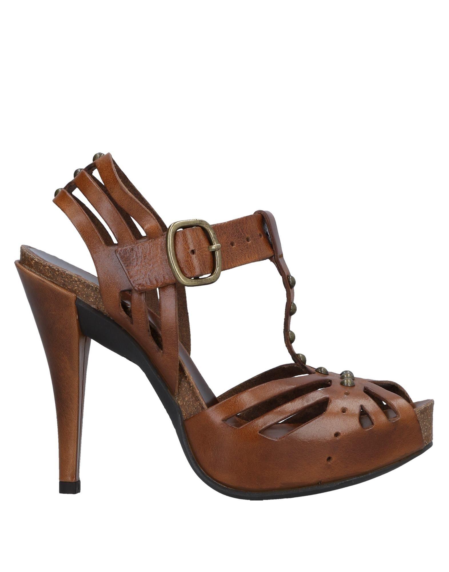 Rabatt Schuhe Pedro García Sandalen Damen  11533339MI