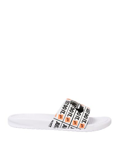 uk availability 9b5c3 ae8f3 NIKE. BENASSI JDI PRINT
