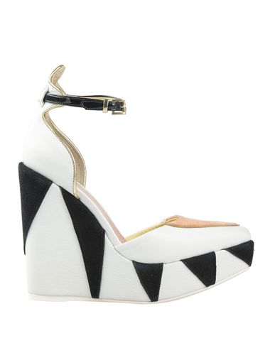 CASAMADRE Pump in White