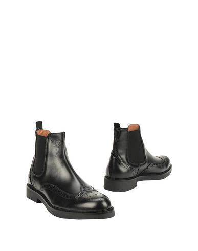 Thompson Boots   Footwear by Thompson