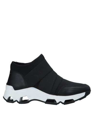 67 SIXTYSEVEN Sneakers