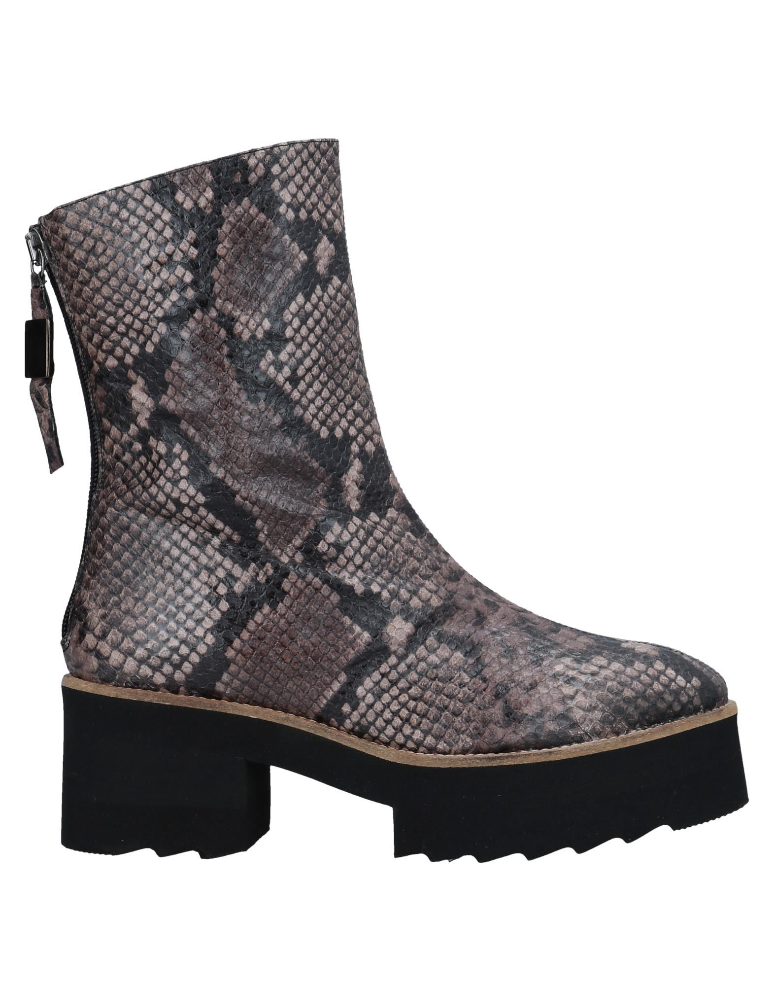 Anaki Ankle Ankle Boot - Women Anaki Ankle Ankle Boots online on  United Kingdom - 11547094UA 426828