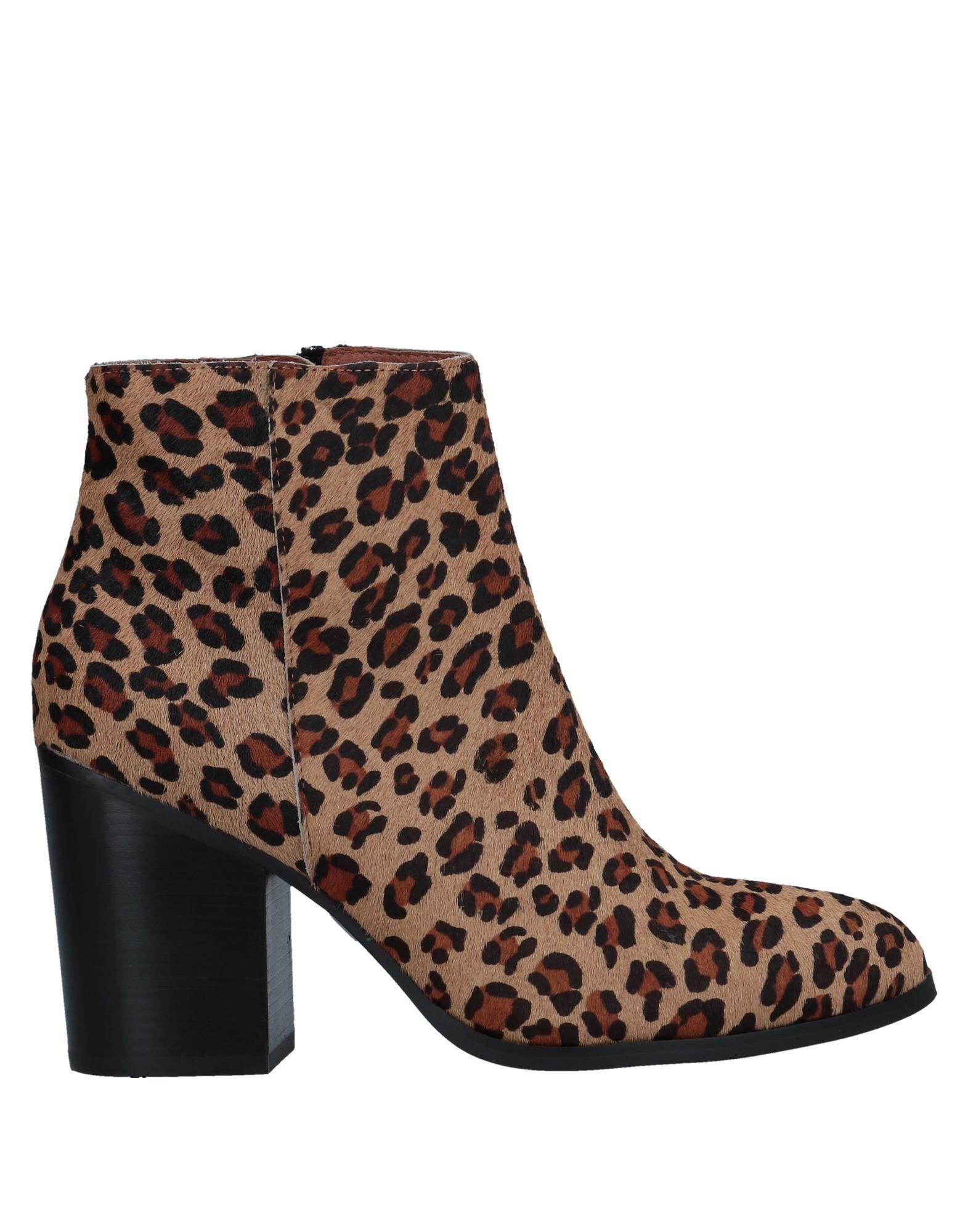 Stilvolle billige Schuhe Lola Cruz Stiefelette Damen  11547707QR
