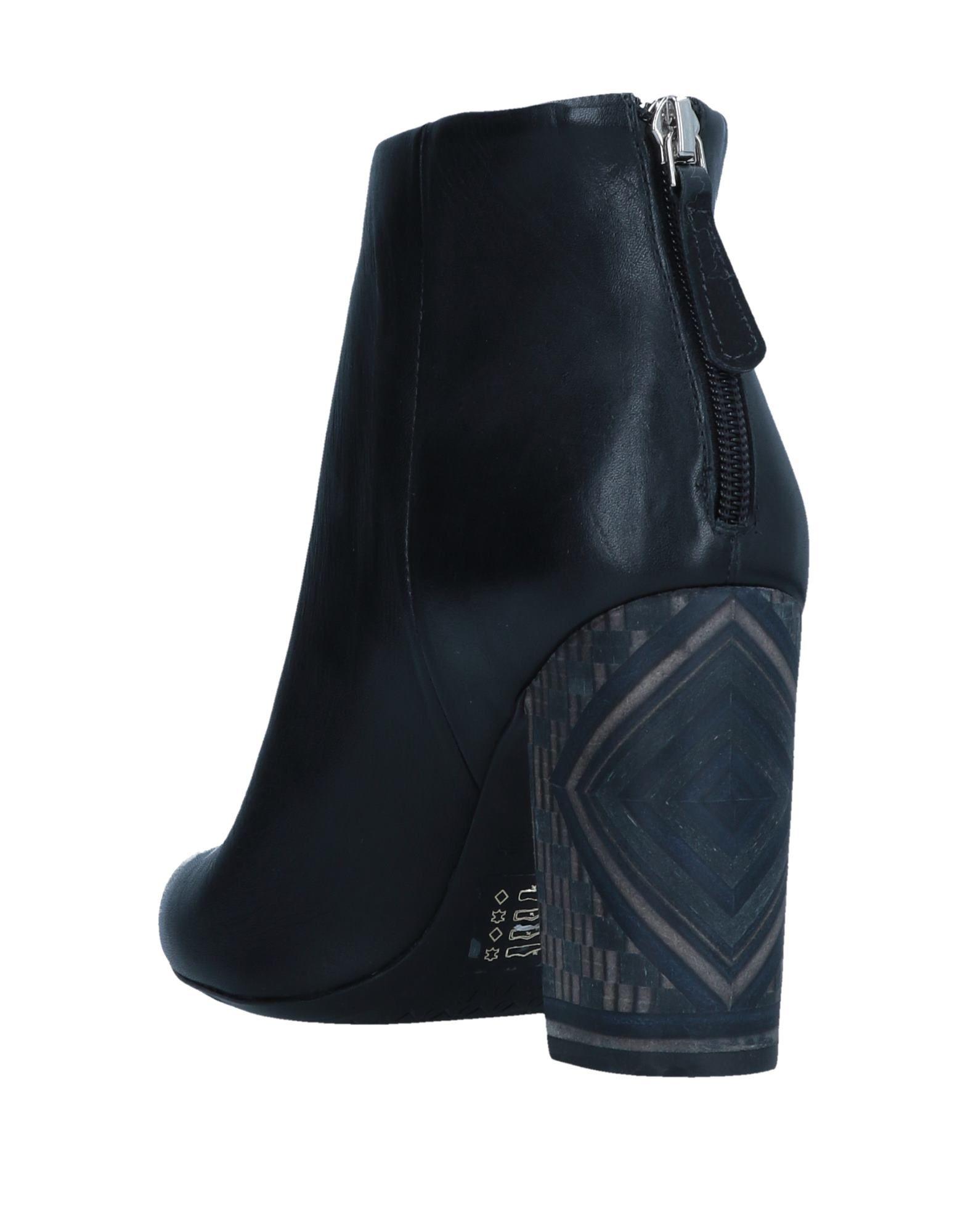 Gut um Stiefelette billige Schuhe zu tragenCartechini Stiefelette um Damen  11549827JO a2cbdd