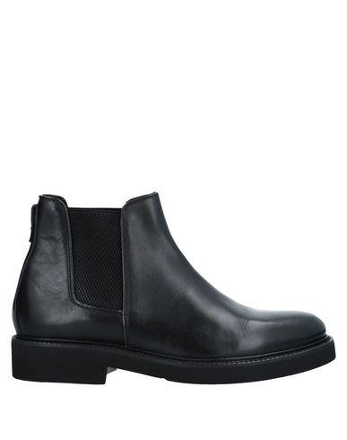 Dasthon Boots   Footwear by Dasthon